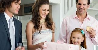 Как выбрать подарок для молодоженов