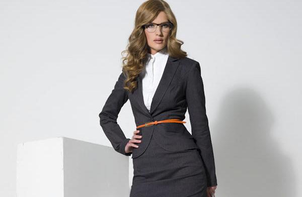 Деловой костюм для женщин