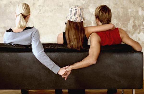 Маленькая ложь может укрепить отношения