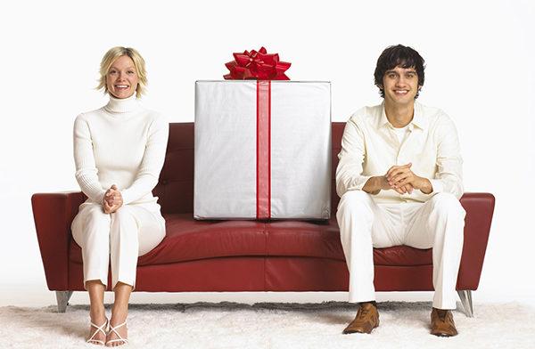 делать дорогие подарки